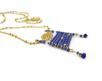 Graphic pendant blue miyuki cobalt blue Navy on gold plated chain