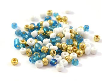 10 gr large blue, white, Gold 4mm glass seed beads / MPERRO011