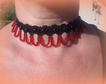 NECKLACE black and red retro style... GORGEOUS!