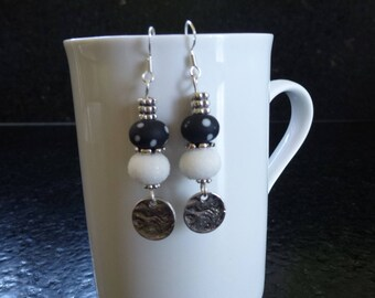 Black and white Lampwork Glass beads earrings