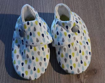 Green Blue rain drops theme baby booties lime and grey (size 3/6/12 or 18 months)