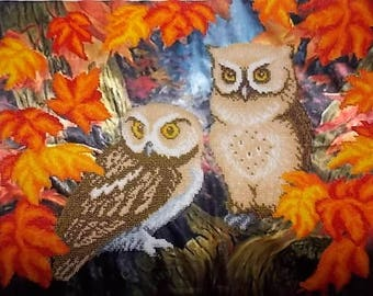 Painting canvas depicting owls Couple embroidered glass beads