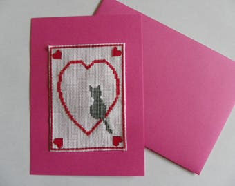 embroidered pink heart and cat with its envelope for Valentine's day