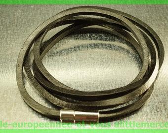 quadruple bracelet leather cowhide N1 79 cm charms