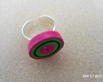 Cylindrical quilling ring black rose and green