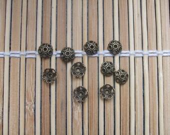 10 antique bronze metal caps