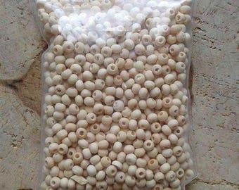 1500 wood beads round 4mm