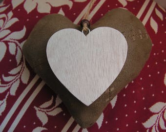 Heart hanging color taupe and ecru, suede and wood