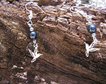 Hummingbird earrings and Pearl gray