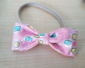 3 in. Headband pink bow with shapes