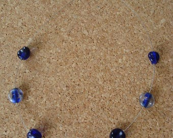 Necklace simple glass beads in shades of blue