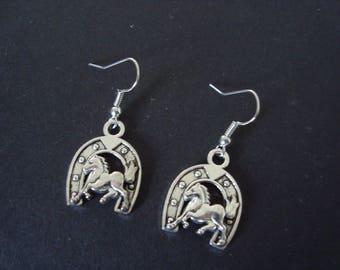 Earrings horse + horse shoe silver metal