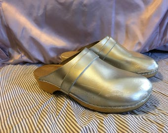 Silver Leather Clogs