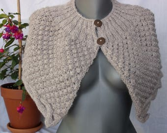 KNIT SHOULDER WARMER
