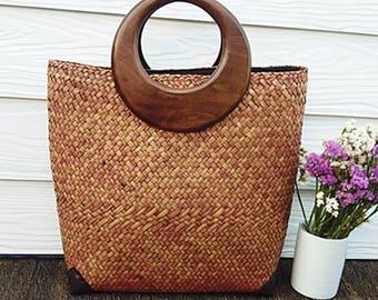 Handmade Shopping Style handbag. 100% natural materials.