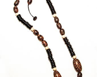 Necklaces - Jupaxi Coconut Necklace