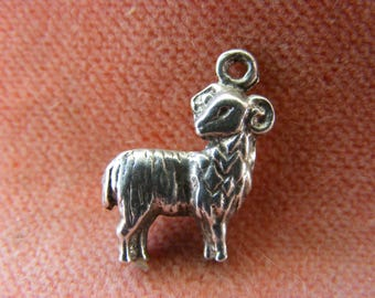 F) Vintage Sterling Silver Charm Large Zodiac Aries Ram