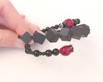 Lucky Jewels Bracelet. Black bracelet with ladybirds. Circle Bracelet. Lucky bracelet. Gift woman. Teen gift.