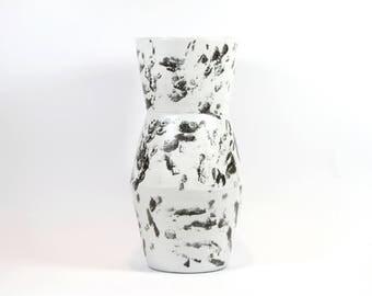 Black & white ceramic vase / handmade