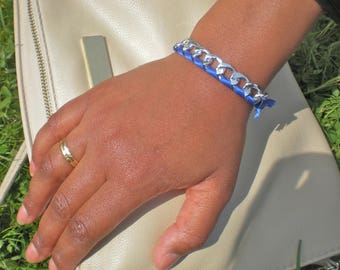 Just a chic trendy bracelet in blue