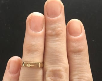 Vintage gold midi ring