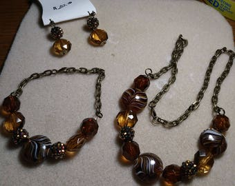 Brown,white,and gold 3 piece jewelry set