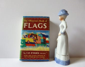 Observer book of flags from 1966