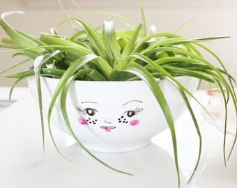 Cute face air plant planter / succulent planter / medium plant planter / Dessert bowl / Cereal Bowl