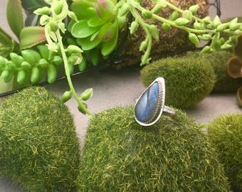 Labradorite set in serling silver ring