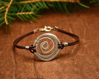 Rustic bohemian bracelet, wire circle bracelet, hipster jewelry, celtic bracelet, spiral metal bracelet, hipster bracelet, gift for her