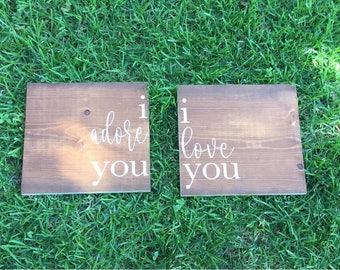 Couples wood sign set