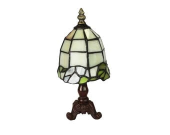 Tiffany Lamp / Stained Glass Lamp / Bedside Lamp / Glass Desk Lamp / Table Lamp / Home Decor