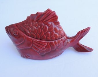 Chicken of the Sea Bauer Pottery Tuna Baker Maroon Burgundy Red Vintage