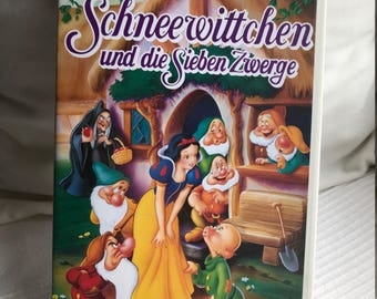 Walt Disney's Snow White and the Seven Dwarfs VHS