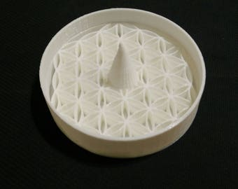 Flower of Life Ashtray /w Debowler (Sacred Geometry) (Male Gift) (Female Gift) (Nerdy Gift) (Cool Ashtray) (New Age)