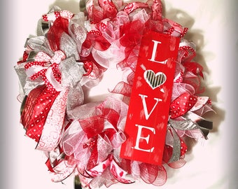 Valentine's Day Wreath, Front Door Wreath, Holiday Wreath, Deco Mesh Wreath, Burlap WreathValentine's Day LOVE Wreath