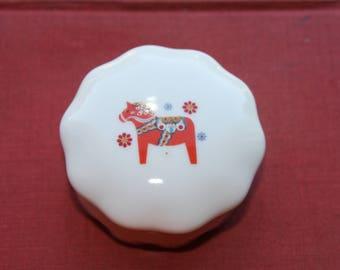 40s/50s Piñata Decorated Porcelain Jewelry/Trinket Box