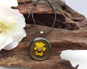 Unique Resin Pendant Necklace - with Natural Dried Pansy Flower - Round Antique Bronze Setting