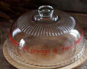 French vintage cheese dome. French antique cheese cup. Cheese plate. French crystal cheese board. Covered cheese dish. French covered.