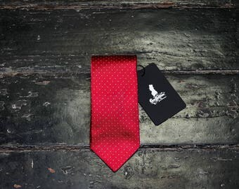 Polka dots red tie
