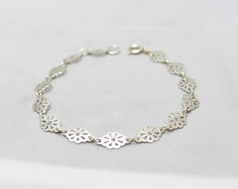 Silver 'flower' bracelet