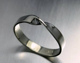 ON SALE TODAY Mobius Ring, Twist Ring in Sterling Silver