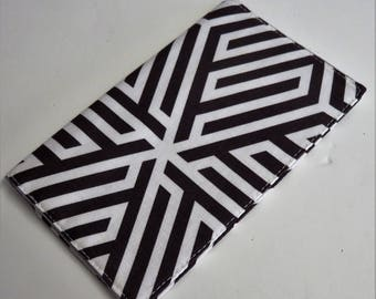 Checkbook Cover Case Cheque Coupons Receipts Check Book Money Holder - Cocoa Brown White Geometric Maze Fabric