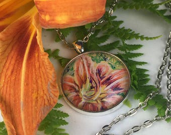Day lily flower necklace