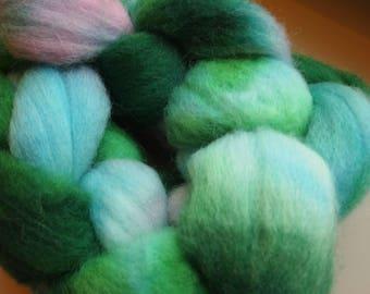 Handdyed Roving Wool Spinning Felting 2.9oz Corriedale Cross Handspinning Felting Fiber Aspenmoonarts H9 Green Pink Blue