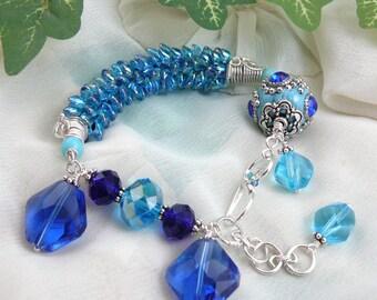 Blingy Boho Bracelet ~ Kumihimo Bracelet ~ Beaded Kumihimo Bracelet ~ Wirewrapped Bead Bracelet ~ Silver and Blue Bracelet ~ Chunky Bracelet