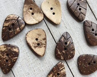 "Leaf Buttons Carved Coconut Shell - 5 Buttons - 1.25"" Long -  Sewing Crochet Knitting Craft Scrapbooking Fall Buttons (B134)"