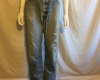 Closing Shop 40%off SALE 90's LEVIS jeans 501 button up  W 35