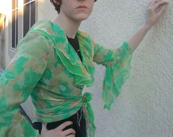 Vintage 70s green floral chiffon tie front cropped ruffle blouse