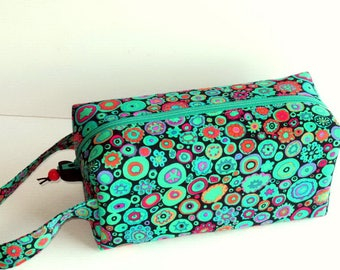 Boxy Bag Knitting Project Bag - Paperweight in green